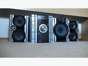 Sony HiFi Stereo System - 3 Disc Shelf with Cassette Player