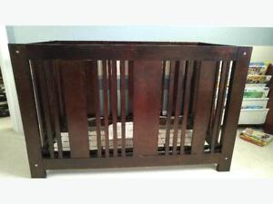 3-in-1 Convertible Crib/Daybed/Twin Bed with Conversion Kit
