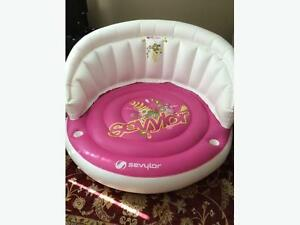 NEW! BIG Sevylor Pool Party Island with electric pump!