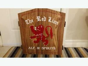 Red Lion Dart Board + Cabinet