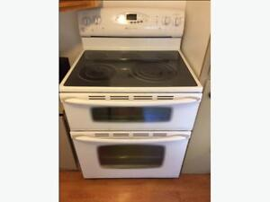 Self Cleaning Maytag Gemini double oven stove White