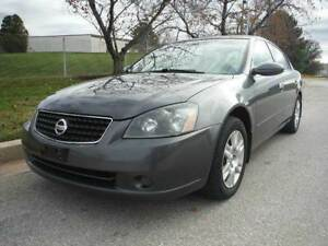 2006 Nissan Altima 2.5SL Sunroof, Leather interior