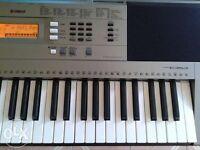 Yamaha PSR Beginner Keyboard