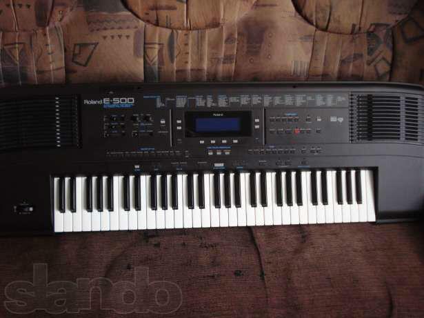 roland e500 keyboard for sale used in caernarfon gwynedd gumtree. Black Bedroom Furniture Sets. Home Design Ideas
