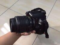 Nikon D3000 in fantastic condition