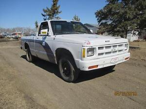 92 chevy S10 parts truck