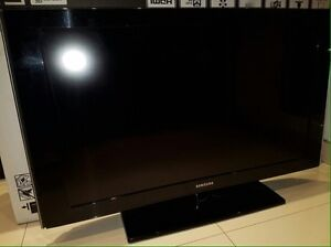 "42"" smasung flat screen tv"
