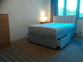 ANTRIM RD: Large Room in Modern Detached House (near Tesco) - Wifi, Bills Inc