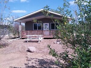 2 and 3 Bedroom Lake Front Cabins and seasonal sites