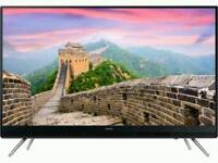 """Samsung 32"""" HD LED TV with Freeview"""
