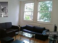 3 bedroom flat in Churchway, Euston, London, NW1 (3 bed)