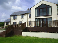 2 comfortable large rooms near Saundersfoot available 27 Sept & 10 Oct
