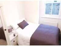 Lovely Room in Chiswick/Bedford Park Borders in pretty period garden flat