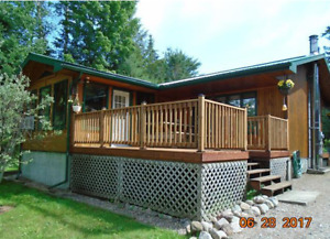 Waterfront Home/Cottage, Huge Garage with Bunkie!