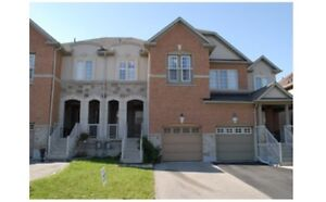 Thornhill Woods Townhouse with finished basement