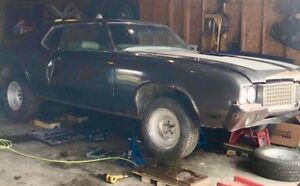 **72 Cutlass supreme parts**