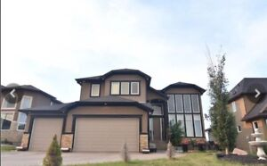 4 bedroom executive home - Calgary