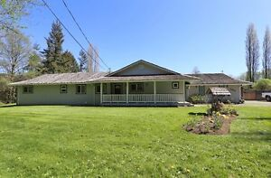Priced to Sell - Rancher on 1.98 acres