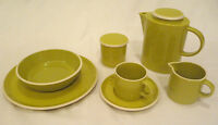 H&H Atomic Green Dishes