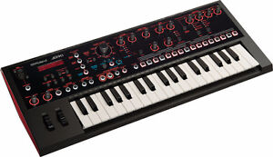 BRAND NEW ROLAND JD-XI Synthétiseur 37 notes mini