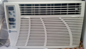 MAYTAG 8000 BTU AIR CONDTIONER