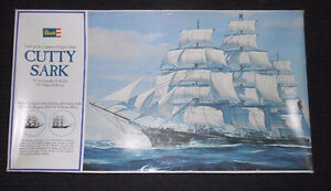 "1974 Vintage Revell 36"" Cutty Sark Clipper Model Kit (#H-399)"