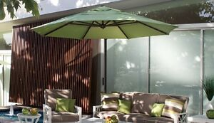 11' ROUND CANTILEVER PATIO FURNITURE OUTDOOR UMBRELLA -CLEARANCE