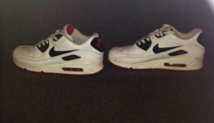 NIKE AIR MAX UNISEX  Burwood Burwood Area Preview