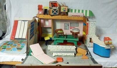 Tammy's Tammy Barbie Ideal Dream House Cardboard Foldout Playset