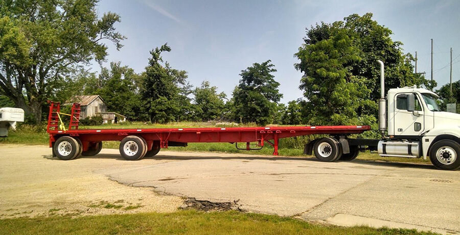 Your Guide to Choosing a Flatbed Trailer
