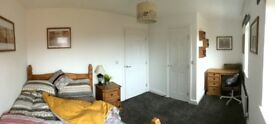 Furnished double room MON-FRI, central Bristol, off-road parking