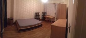 Doubles and single rooms in turpike lane