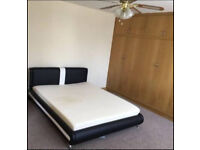 Double Room to Let in Romford RM2 6LJ ===Rent £500===