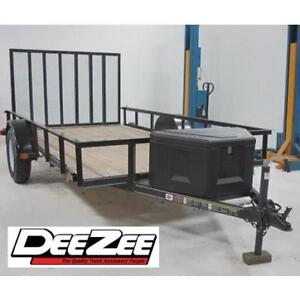 NEW* DEE ZEE POLY TRAILER BOX DZ91717P 189044628 TRIANGLE BLACK STORAGE