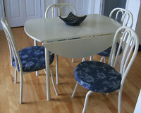 Drop Leaf Table & 4 Chairs