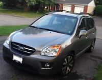 2010 Kia EX Luxury 7 seater - With Tow Package