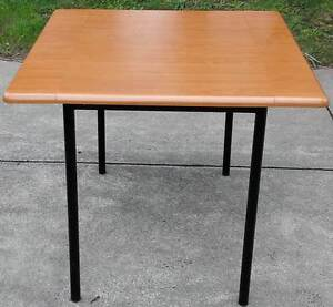 square dining table H725mm L900mm W900mm Glen Waverley Monash Area Preview