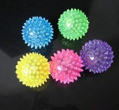 5 PCS Light-Up Spikey LED Ball Dog / Cat Flashing Sensory Fun Blinking Spiky Toy (Blinking Toys)