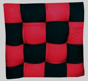 4 coussins galette dessus de chaise damier rouge et noir ebay. Black Bedroom Furniture Sets. Home Design Ideas