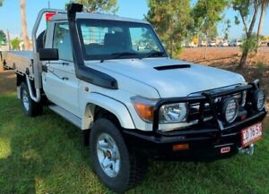 2015 Toyota Landcruiser VDJ79R GXL White 5 Speed Manual Cab Chassis Berrimah Darwin City Preview