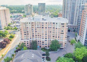 YONGE AND FINCH LOCATION!!! LUXURY LIVING IN PENTHOUSE
