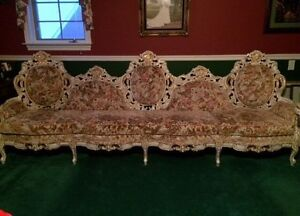 Beautiful Antique Victorian Couch