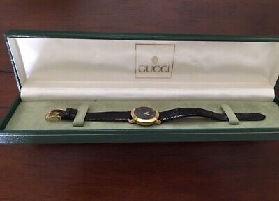 Vintage Womans Gucci Swiss Luxury Watch