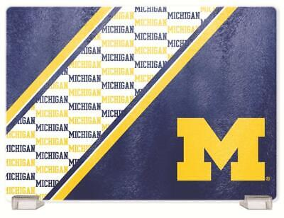 Michigan Board (MICHIGAN WOLVERINES, TEMPERED GLASS CUTTING BOARD FROM DUCKHOUSE SPORTS)