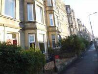 Unfurnished Main Door Apartment on Ashley Terrace - Shandon - Edinburgh - Available NOW