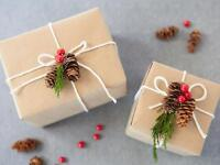Expert Gift Wrapping for Christmas in Renfrew County!