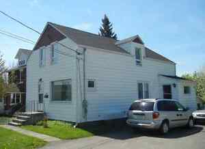 LARGE AND CLEAN HOUSE FOR RENT