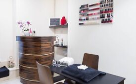 A Room available at a unique and homely salon in St John's Wood.