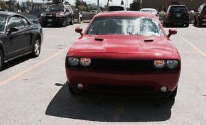 Low km 2012 Dodge Challenger SXT