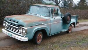 SOLD !Rare Ford F100 Stepside project truck